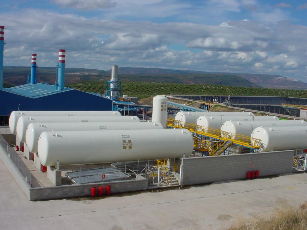 Las plantas de regasificación de Grupo HAM permiten acceder al gas natural a las poblaciones e industrias donde no llega la red de gaseoductos