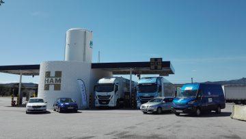 El Rally LNG Blue Corridor pasa por la estación de HAM de GNL de La Jonquera